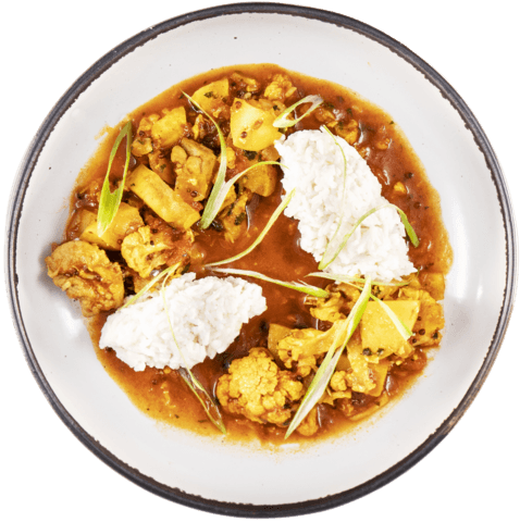 Tomato Chicken Curry with UNCLE BEN'S® READY RICE® Original Long Grain