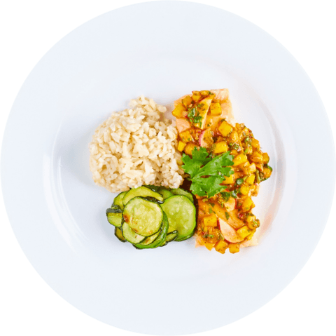 Salmon with Mango Salsa, Zucchini & UNCLE BEN'S® READY RICE® Long Grain & Wild