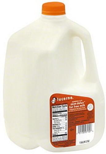 Lucerne Skim Delux, Fat Free Milk - 1 gl