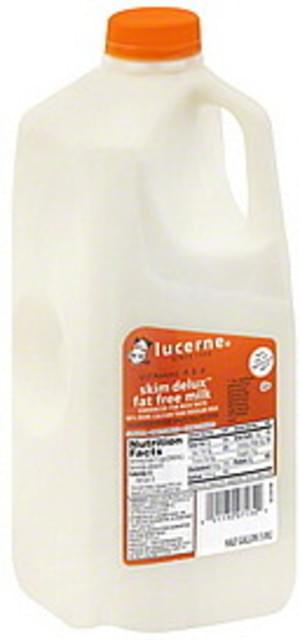 Lucerne Skim Delux, Fat Free Milk - 0.5 gl
