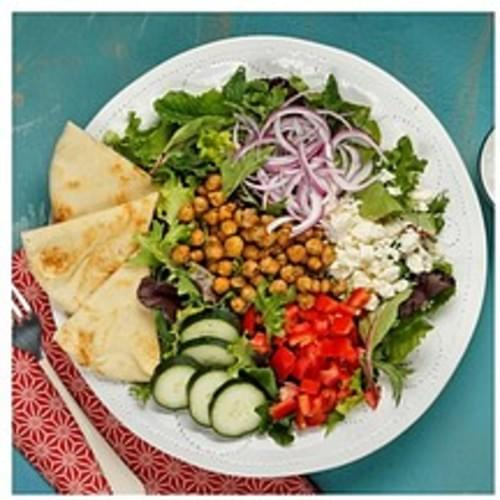 Signature with Cucumber Greek Yogurt Dressing and Garlic Naan Bread Mediterranean Spiced Chickpea Salad - 1 ea