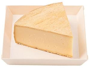 Wegmans Cheese (Hard) Cave<Ripened Wild Fox Wine Washed Cheese